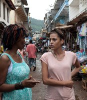 International Rescue Committee Women's Protection and Empowerment Coordinator Amie Kandeh with Eva Mendes in Sierra Leone.