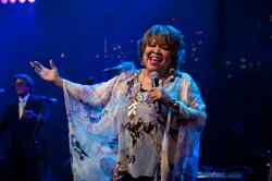Mavis Staples performs songs from
