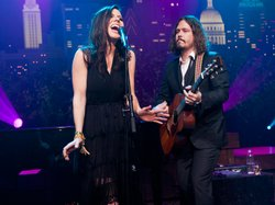 "The Civil Wars play tunes from their Grammy-winning album ""Barton Hollow."""