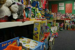 SuperParent Holiday Toy Program