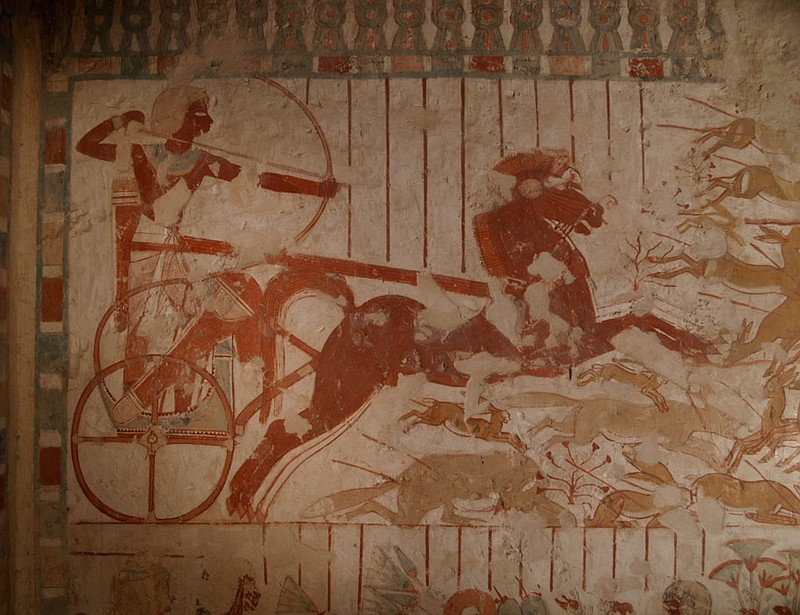 Scene of hunting from a chariot, found in a tomb. ()
