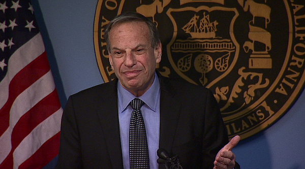 Mayor Bob Filner speaks after crashing a press conference...