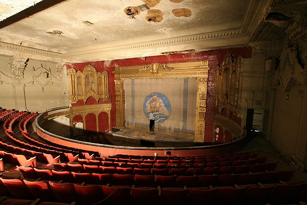 A balcony view of the shuttered California Theatre in 2008.