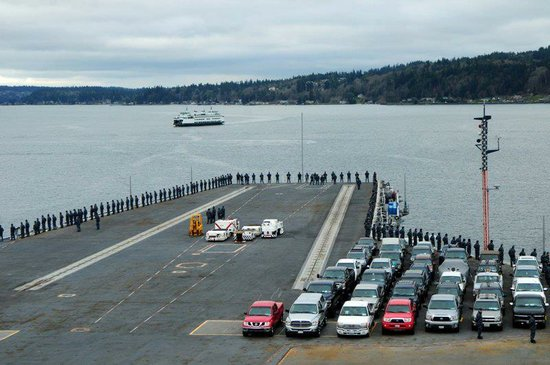 The USS Ronald Reagan heads out towards its return to San Diego, March 18, 2013.