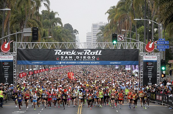Runners start the 15th annual Rock 'n' Roll Marathon to benefit the Luekemia ...