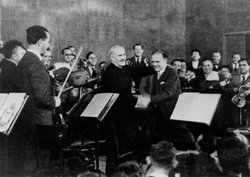 Arturo Toscanini and Bronislaw Huberman after the first Palestine Symphony co...