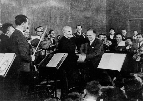 Arturo Toscanini and Bronislaw Huberman after the first P...