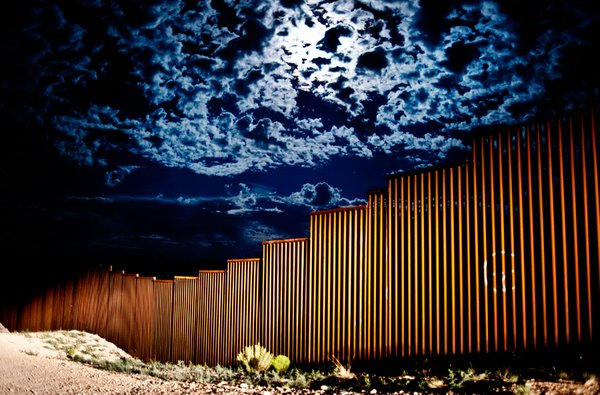 US/Mexican border fence, Southern Arizona