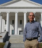 Host Geoffrey Baer at the Virginia State Capitol in Richmond, Virginia. Designed by Thomas Jefferson, the capitol marked the beginning of the American tradition of modeling government buildings on Roman and Greek temples.