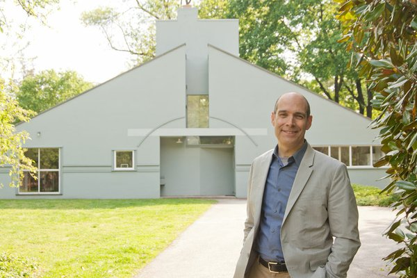 Host Geoffrey Baer at Philadelphia's Vanna Venturi House, considered by many ...