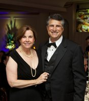 Gala guests Gail and Marty Levin