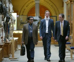 Sanjeev Bhaskar as Kanan Dutta, Laurence Fox as DS James Hathaway, and Kevin Whately as Inspector Lewis. Kevin Whately and Laurence Fox return for a sixth and final season of the popular detective series, set in the seemingly perfect academic haven of Oxford.