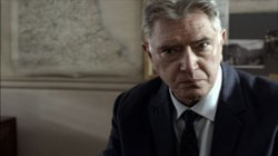 Martin Shaw as Chief Inspector George Gently.