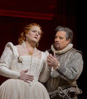 "Elza van den Heever as Elisabetta and Matthew Polenzani as Leicester in Donizetti's ""Maria Stuarda."""