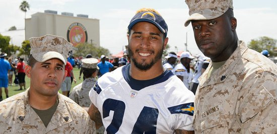 Chargers running back Ryan Mathews with military friends