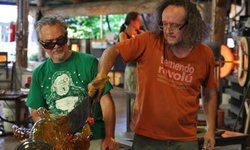 Glass artists and brothers Jamex and Einar de la Torre (L-R) working in their studio.