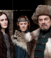 "Michelle Dockery as Kate Percy, Niamh Cusack as Lady Northumberland, Alun Armstrong as Earl of Northumberland in THE HOLLOW CROWN ""Henry IV Part II."""