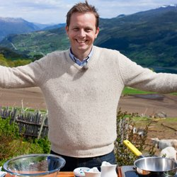 Award-winning TV host, food journalist and cookbook author Andreas Viestad.
