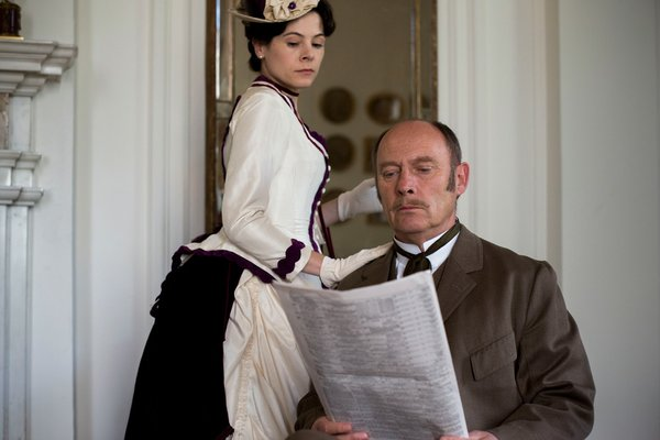 Elaine Cassidy as Katherine and Patrick Malahide as Lord ...