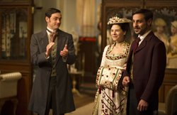Matthew McNulty as Dudley, Elaine Cassidy as Katherine, and Emun Elliot at Mo...