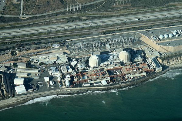 An aerial view of the San Onofre Generating Station, May ...
