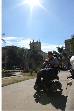 Armed with his adjusted camera, Thulin stabilizes the device with a handle in his stronger left hand while capturing the image on a touchscreen with his right. (Balboa Park)