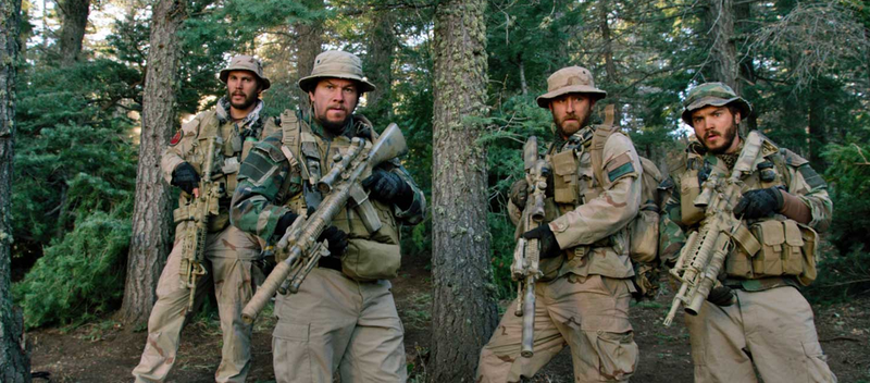 Taylor Kitsch as Michael Murphy, Mark Wahlberg as Marcus Luttrell, Ben Foster...