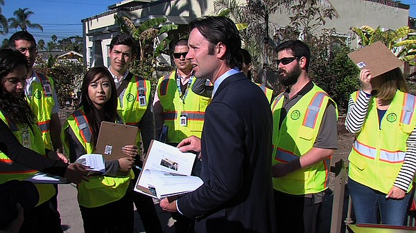 San Diego City Councilman Mark Kersey talks to a group of engineering student...