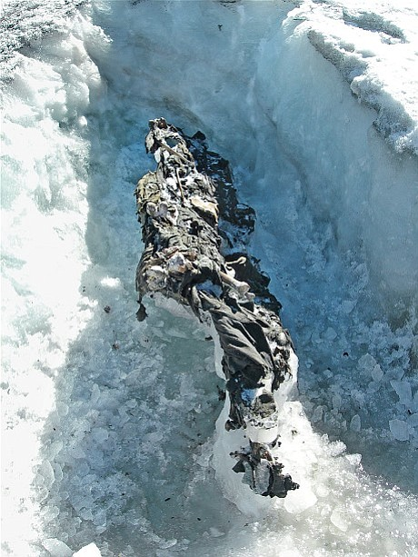 The bodies of two Austrian soldiers found on the Presena Glacier in 2012.
