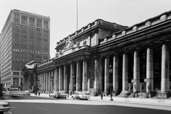 Exterior photo of Penn Station, 1962.