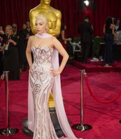 Lady Gaga doing her Oscar impersonation.