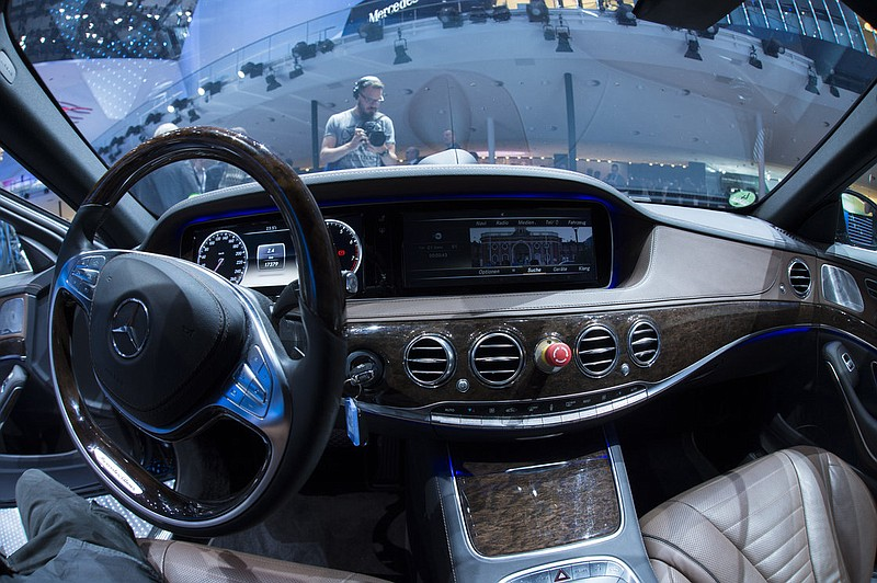 Mercedes' S500 Intelligent Drive is one traditional car maker's approach to d...