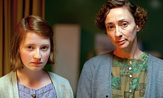 Fern Deacon as Gillian Glennon, Louise Yates as Doreen Glennon.