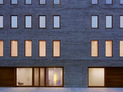 David Zwirner's New York gallery space designed by Selldorf Architects.