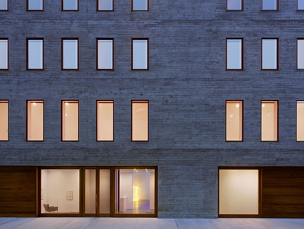 David Zwirner's New York gallery space designed by Selldo...