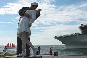 'Kissing Sailor' In Iconic WWII-Era Image Dies