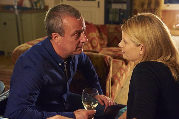 DCI Banks (Stephen Tompkinson) and DS Annie Cabot (Andrea Lowe).