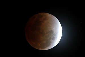 Photo for Blue Moon, Supermoon, Total Lunar Eclipse Rolled Into One