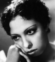 Posed portrait of Josephine Baker, January 1, 1932. (Agency reference - 85334201)