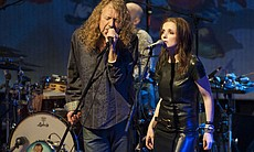 "Robert Plant & The Band Of Joy perform""Ramble O... (39789)"