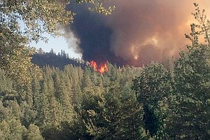 Firefighters Gain Upper Hand On Blaze Near Yosemite; Some...