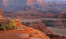 This cinematic journey through the breathtaking scenery of the American West's iconic red rock country includes Dead Horse Point in Canyonlands National Park.