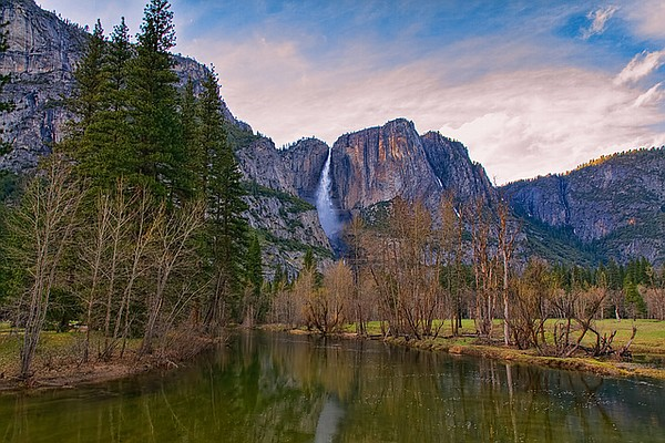 The Sierra Nevadas deliver freshwater runoff that could d...