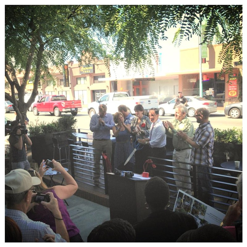 City leaders at a ribbon cutting ceremony for S... ()