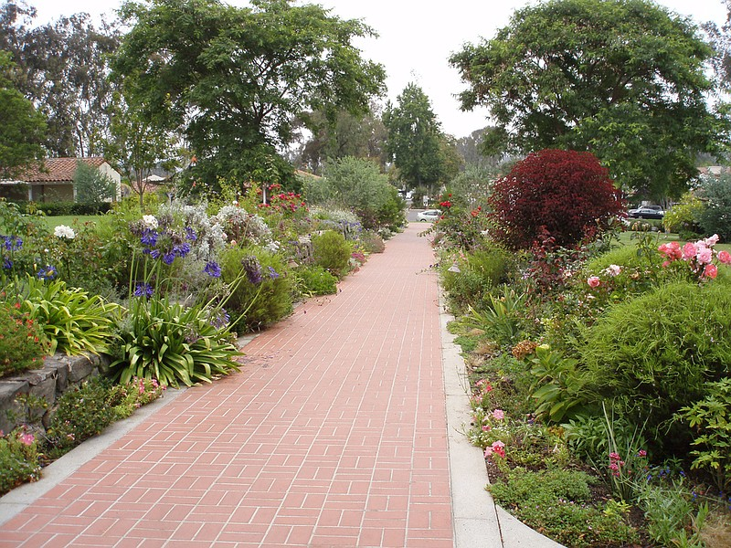 Photo Caption: A Path Leading From The Inn At Rancho Santa Fe On August 10