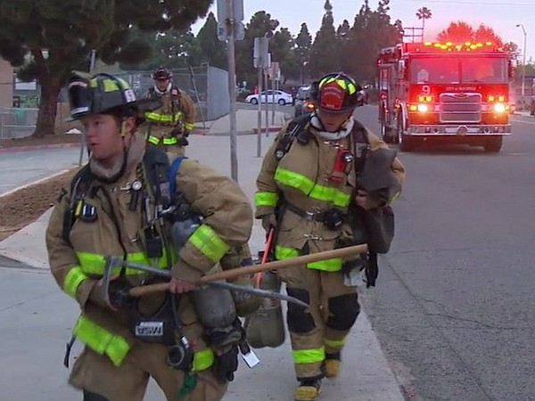 San Diego Fire-Rescue crews respond to a fire at Clairemo...