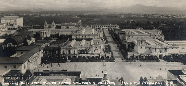 The grounds of the 1915 Panama-California Exposition in B...
