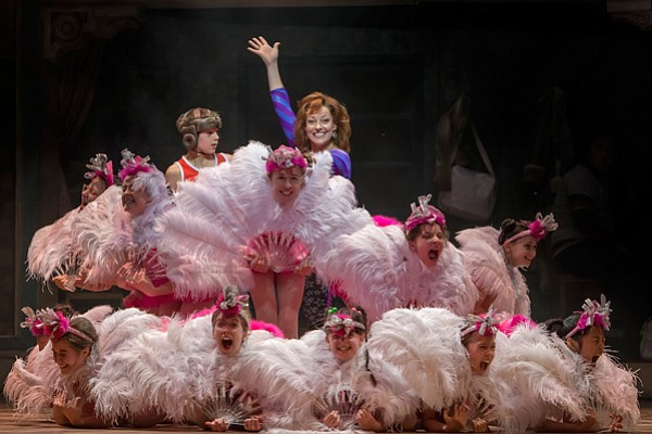 "Elliott Hanna and Ruthie Henshall and girls in ""Billy Ell..."