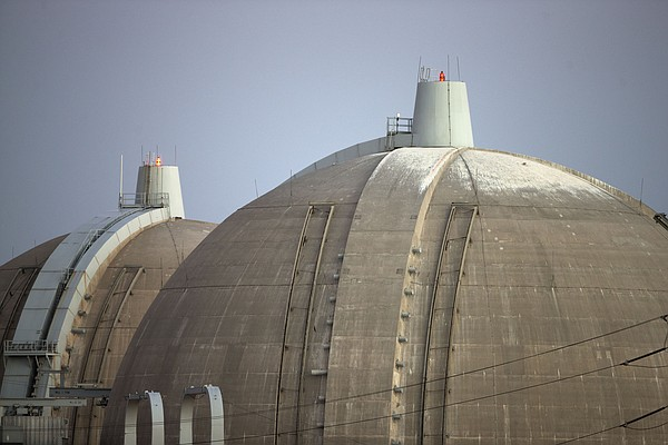 The San Onofre nuclear power plant stands along the Pacif...