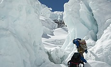 Ice fall doctors climbing snow peaks, Khumbu Ic... (65710)